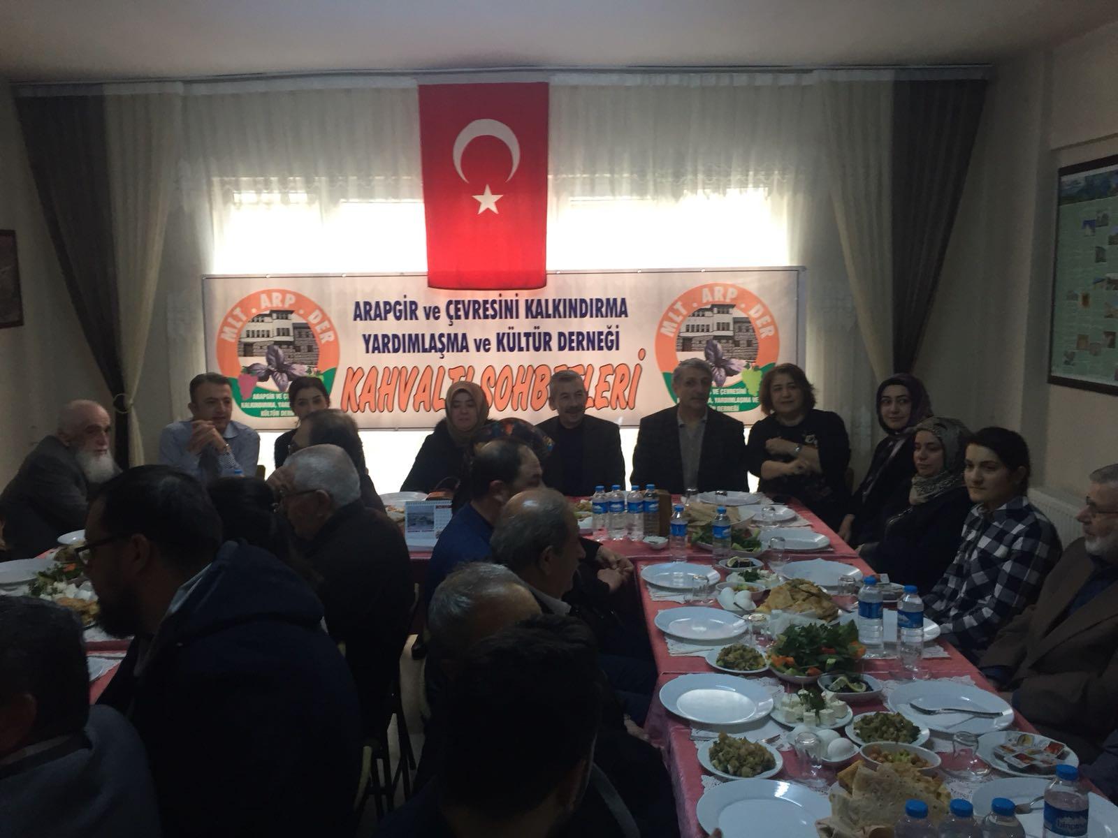 """MALATYA'DAKİ ARAPGİR DERNEĞİ'NDEN """"KAHVALTI SOHBETLERİ"""""""