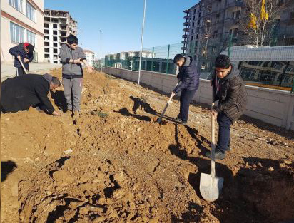 TOPRAK DEDE'NİN HATIRASINA 100 FİDAN DİKİLDİ