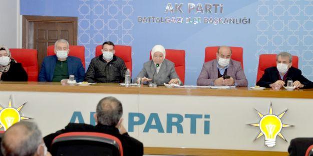"""ÇALIK: """"BEYPINAR GÖLETİ 3 BİN DEKAR ARAZİYİ SUYA KAVUŞTURACAK"""""""